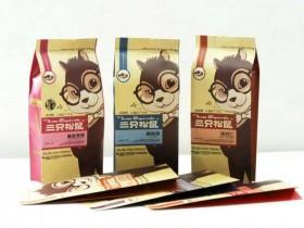 三只松鼠包装设计中色彩设计的信息化调整